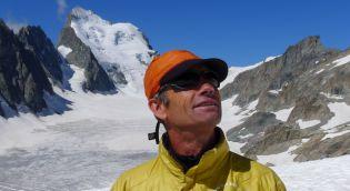 Philippe est Guide de Haute Montagne chez Trekalpes