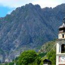 Rocca Arpet (2482 m) et église de Chialvetta