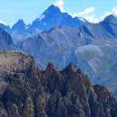 Majestueux Mont Viso (3841 m) au fond