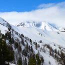 Pic St André (presque 3000 m) dans les nuages