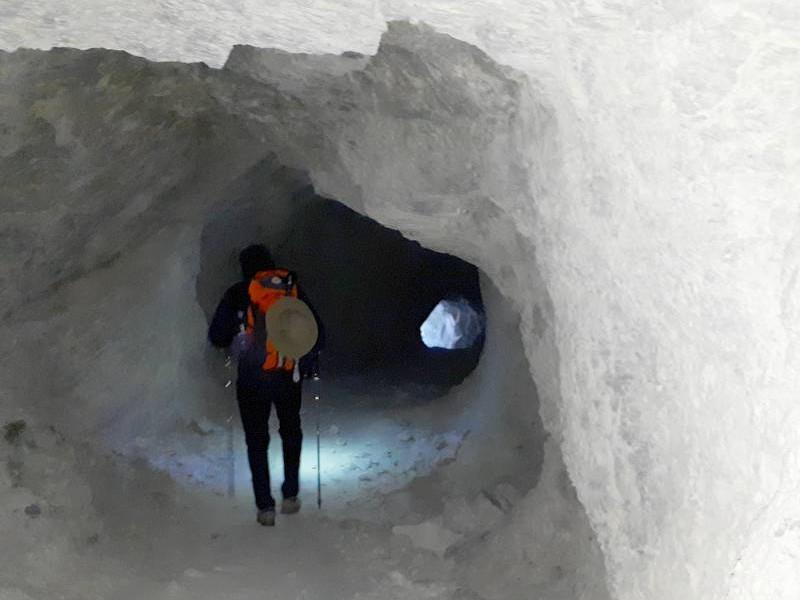 Passage du Tunnel de la Traversette (entre Queyras et Val Po)
