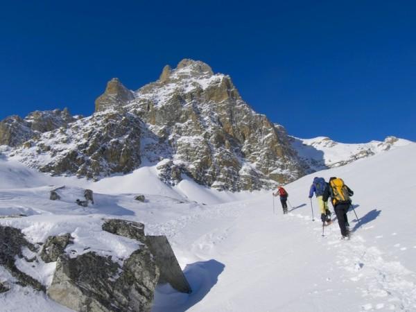 montagnes vaudoises à raquettes à neige