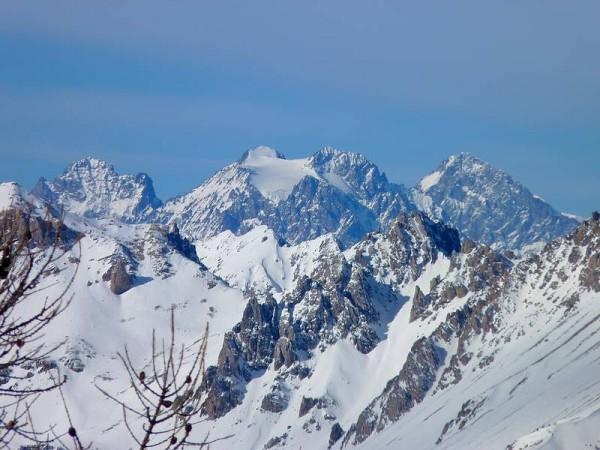 Panorama sur les Ecrins depuis le Sommet Bucher - Raquettes en Queyras
