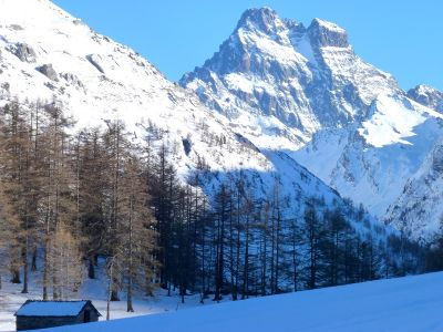 Photo Cabanes et alpages enneiges