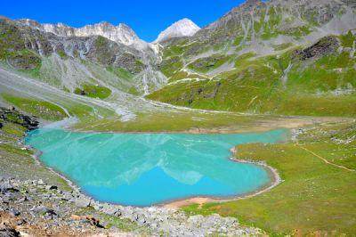 Lac Blanc au-dessus du refuge Peclet-Polset