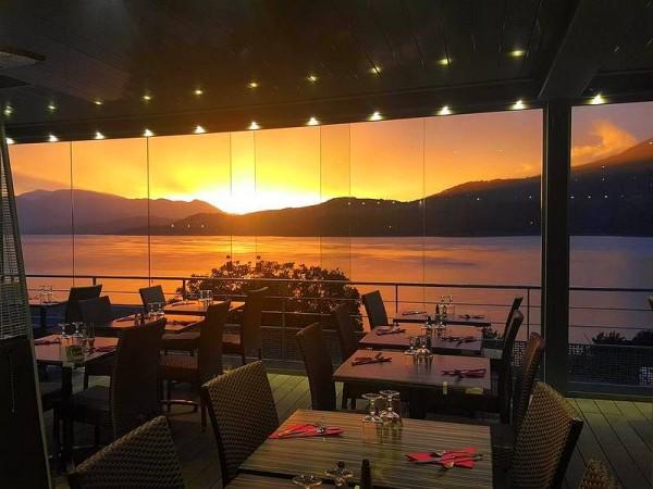 Salle de restaurant panoramique de l'Hôtel à Savines (non contractuel) - Tour du Lac de Serre-Ponçon