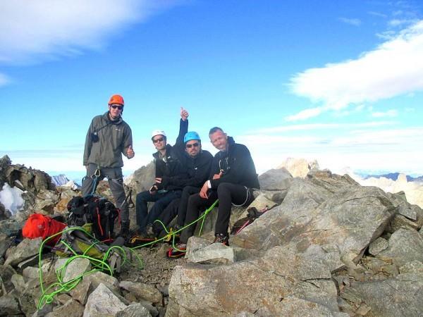 Au sommet du Pic du Glacier d'Arsine