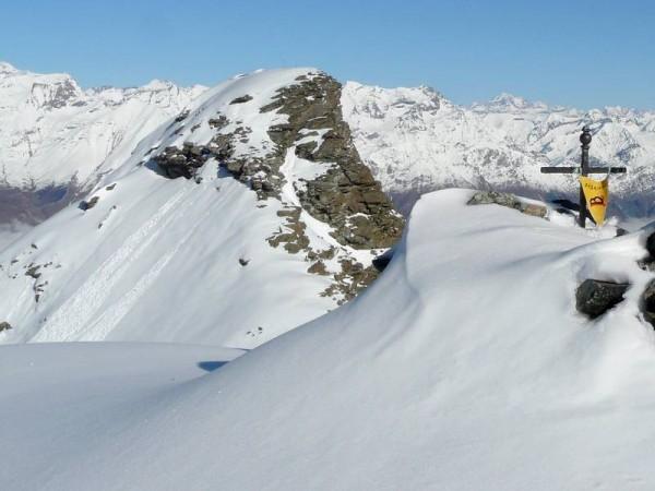Panorama à 360 depuis Sommet de presque 3000 m - alpinisme hivernal