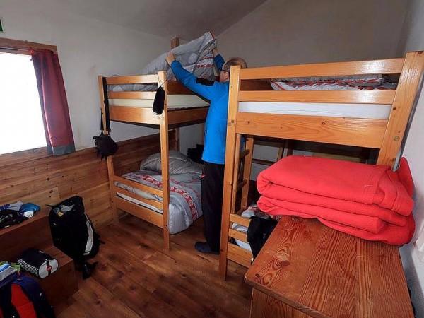 Un des dortoirs au Refuge de la Blanche (2500 m)