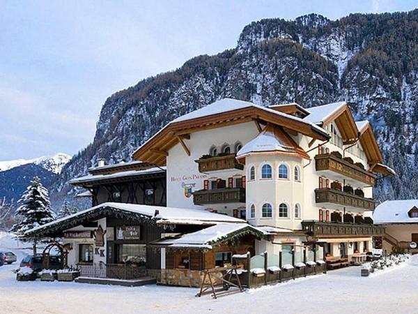 Hôtel 4 étoiles (Non contractuel) - Ski de randonnée dans les Dolomites
