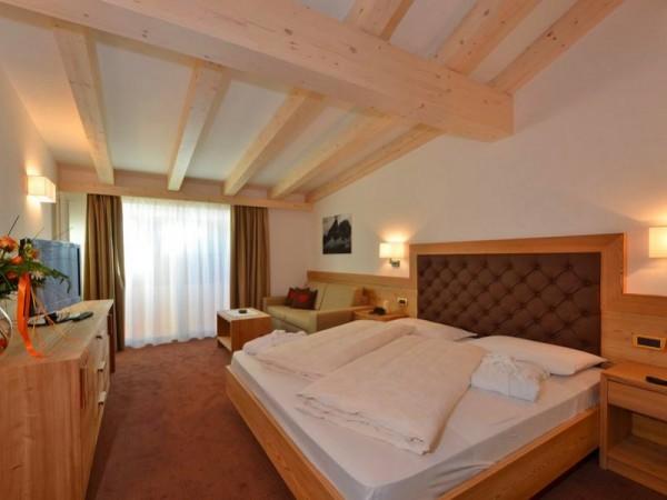 Chambre standard - Hôtel 4 étoiles (Non contractuel) - Ski de randonnée dans les Dolomites