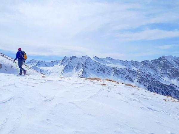 Sommet du Cirque Glaciaire de la Blanche - refuges Queyras à ski de randonnnée