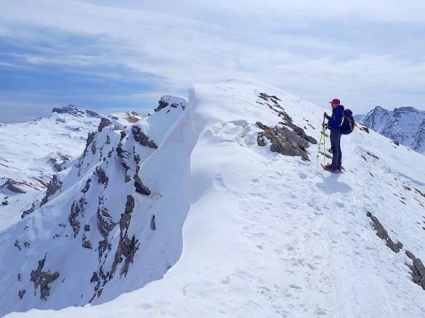 Sommet du Cirque glaciaire de la Blanche - nuits en refuges et raquettes en Haut Queyras