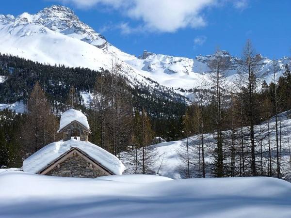 Chapelle du Vallon des Oulles sous le Pic de Rochebrune