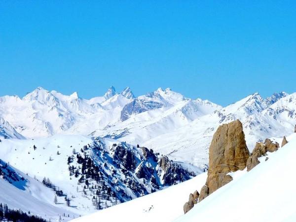 Vue sur les Aiguilles d'Arves depuis le Col de Chaudemaison