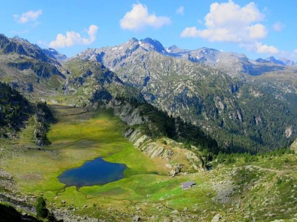 Lac et alpage du Glacier
