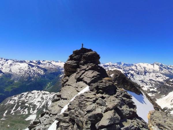 Piton près du sommet de la Tête du Ruitor