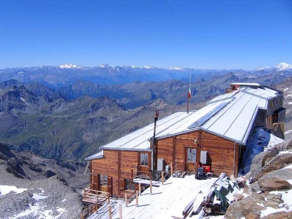 Refuge Gnifetti - Massif du Mont-Rose