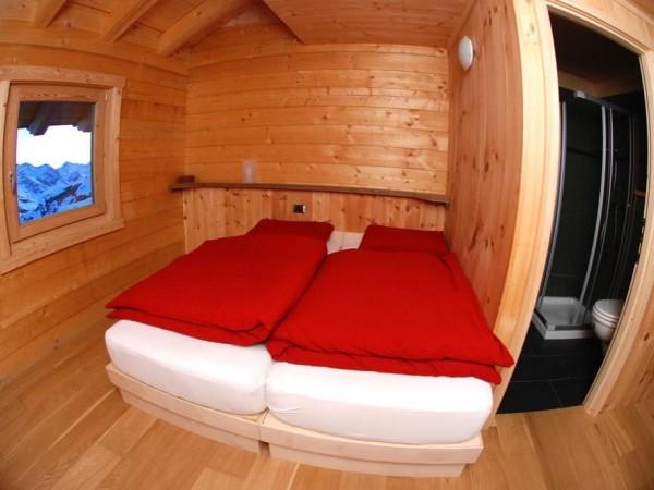 Chambre double grand confort au refuge Orestes - Massif du Mont-Rose