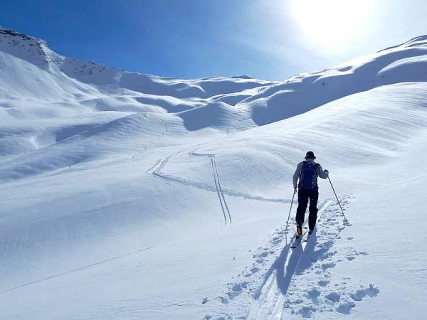Vers le Parpaillon - Ski de randonnée avec guide Haute Montagne - Ecrins - Queyras