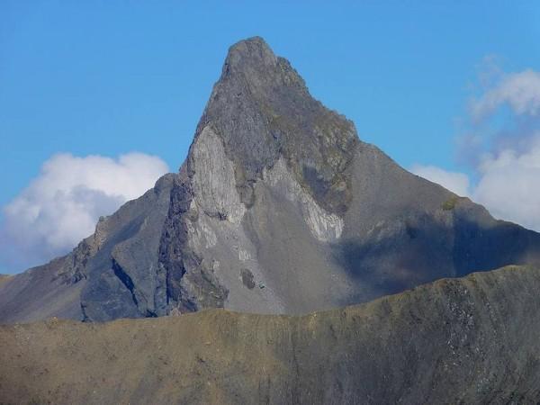 Aiguille de Morge vue depuis le col de Vallonpierre - GR54 Tour Ecrins 4 jours
