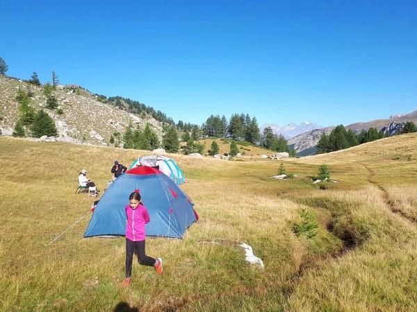 Bivouac sous tente en Queyras (Photo non contractuelle)