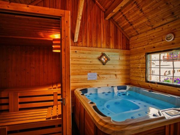 Jacuzzi et Sauna - Hôtel de la Ferme de l'Izoard