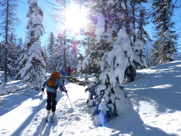 Paysages ydilliques et sauvages - Découverte du raid à ski de randonnée dans les Alpes du Sud