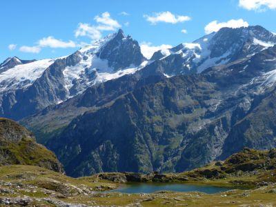 Lac Noir Lérié et la Meije - Tour des Ecrins GR54 en Gîtes et refuges en 6 jours